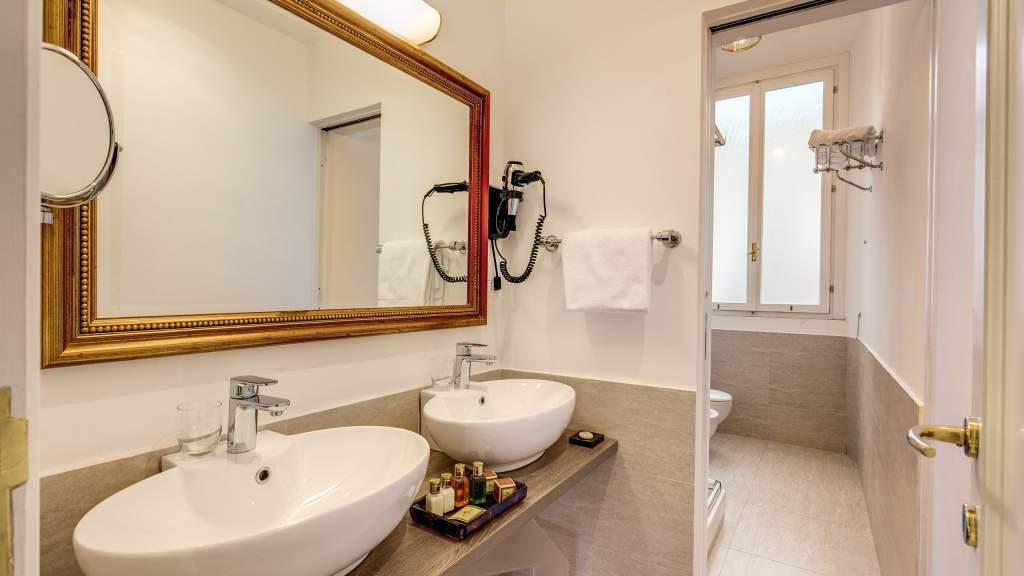 Hotel-Eitch-Borromini-Roma-suite-19
