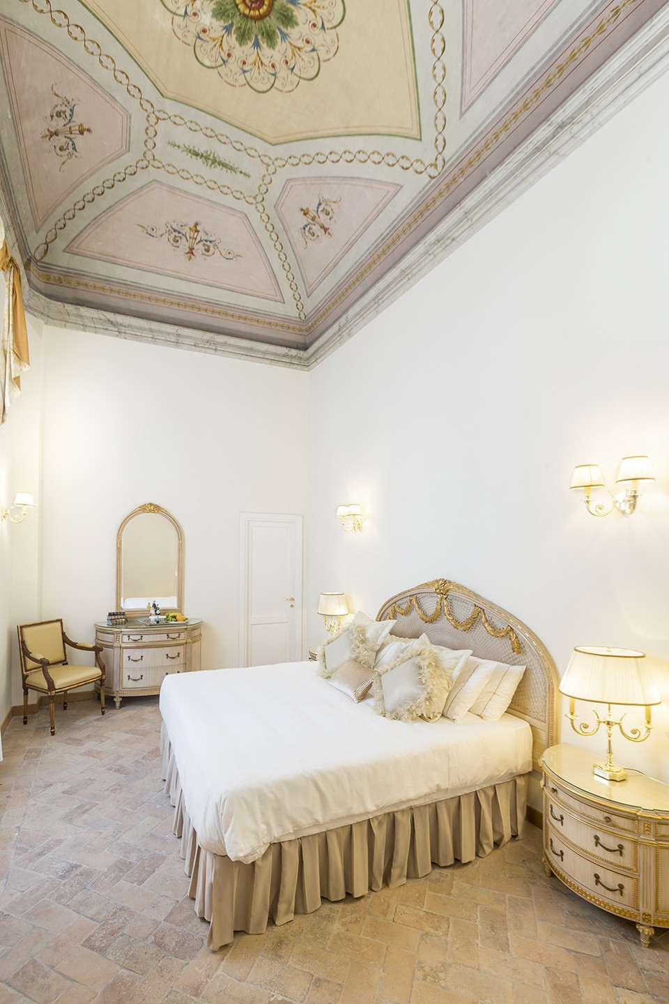 Hotel-Eitch-Borromini-Rome-room-9405