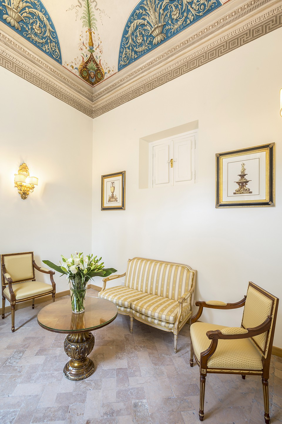 Hotel-Eitch-Borromini-Rome-suite-94239444