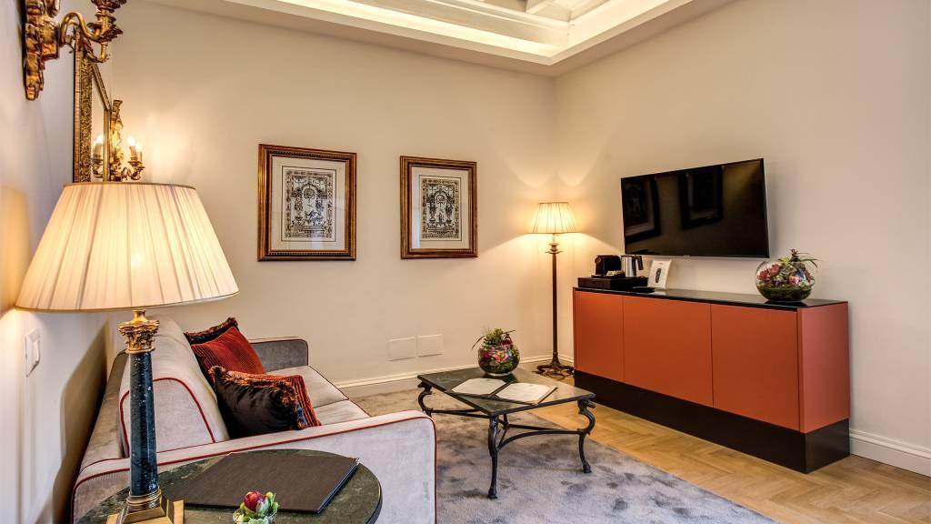 отель-Eitch-Borromini-Рим-номер-люкс-вид-2-new