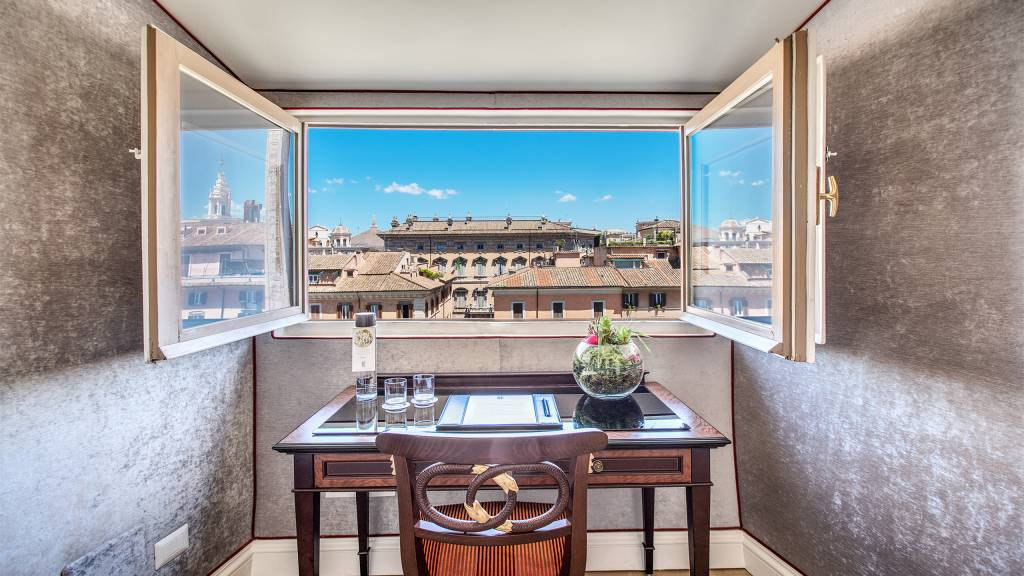 Hotel-Eitch-Borromini-Rome-double-suite-deluxe-view-7-new