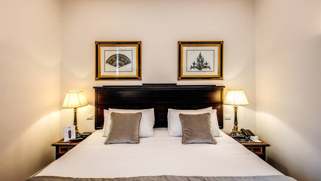 Hotel-Eitch-Borromini-Roma-habitacion-2020-04-1