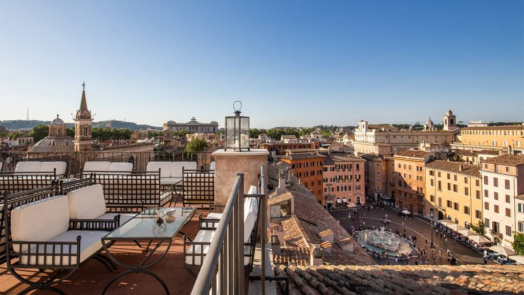 Hotel-Eitch-Borromini-Roma-navona-square-view-2020-25