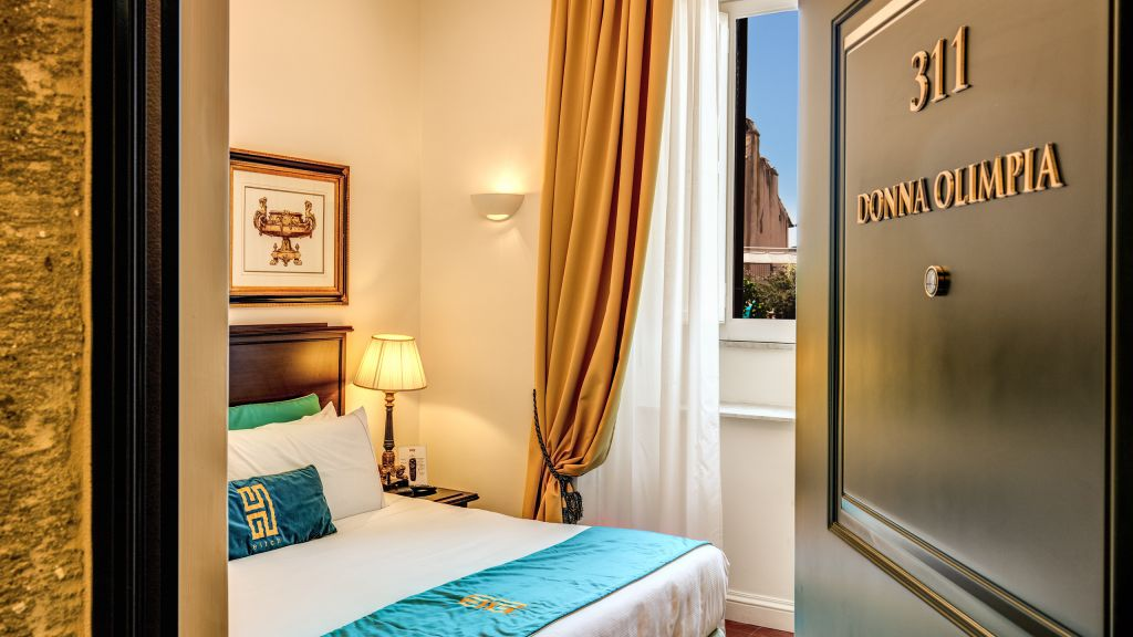 Hotel-Eitch-Borromini-Roma-suite-superior-doble-6