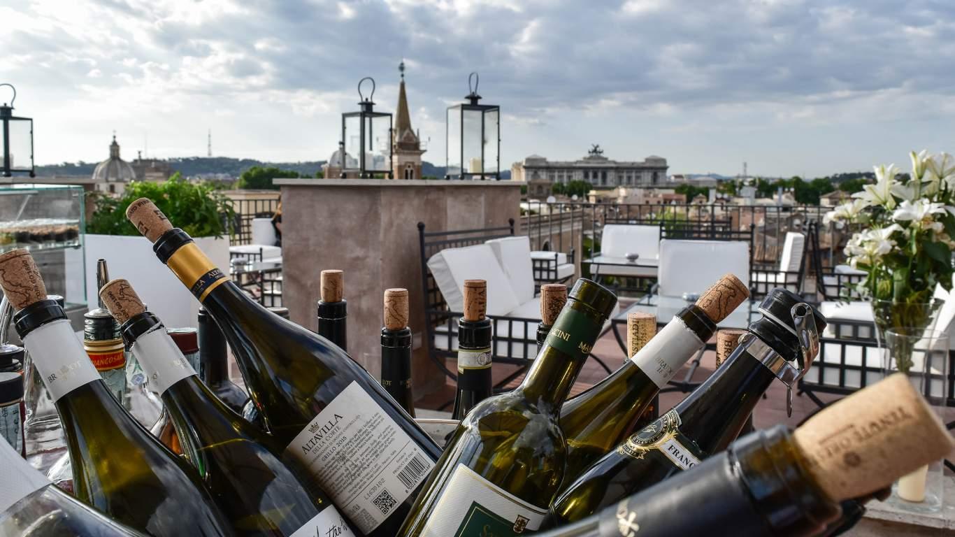 Hotel-Eitch-Borromini-Roma-vistas-plaza-navona-vino-DSC-0198