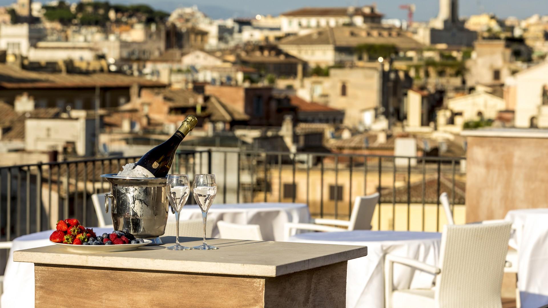 Hotel-Eitch-Borromini-Rome-roof-top-Bar-9940