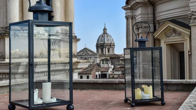 Hotel-Eitch-Borromini-Roma-navona-square-view-DSC-0165