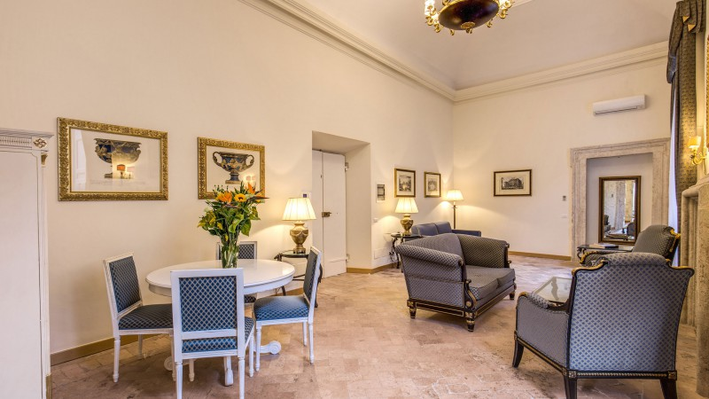 Hotel-Eitch-Borromini-Rome-suite-04