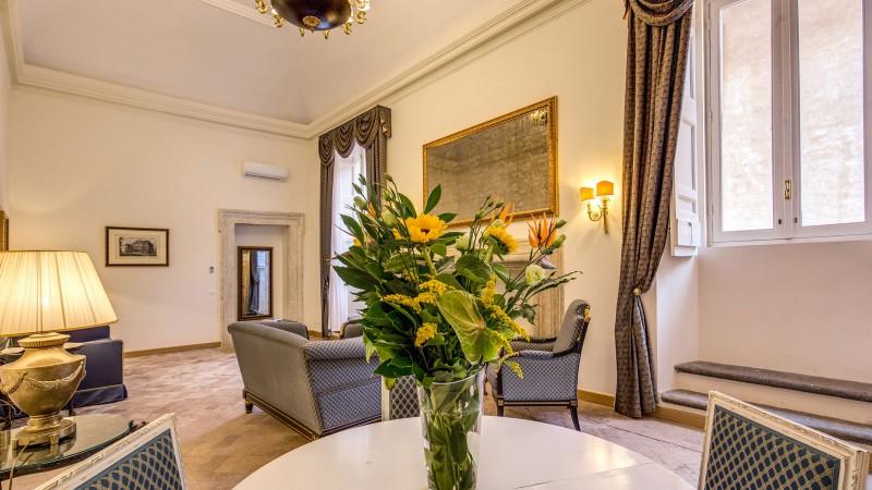 Hotel-Eitch-Borromini-Roma-suite-05