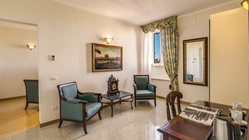 Hotel-Eitch-Borromini-Rome-suite-28