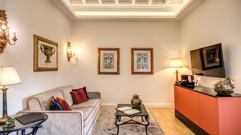 Hotel-Eitch-Borromini-Rome-double-suite-deluxe-view-3-new