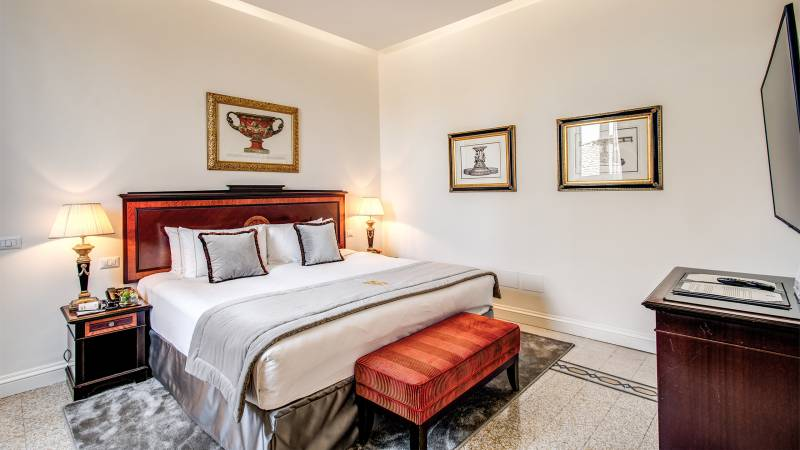 Hotel-Eitch-Borromini-Roma-305-Executive-Suite-5-new