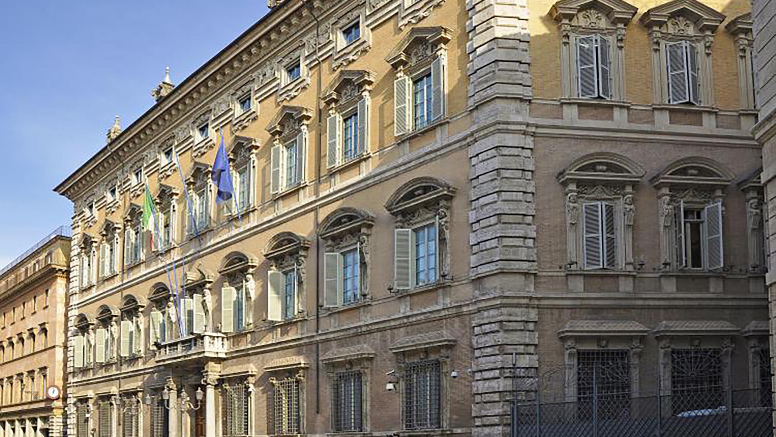 Palazzo-Madama.jpg